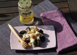 Recette Salade de fruits menthe poivrée, miel, coco